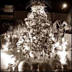 Sepia Christmas Decor