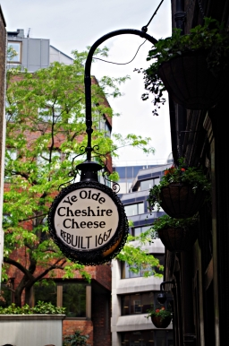 Ye Olde Cheshire Cheese Pub