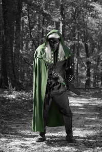 Green cloak and darker Drow