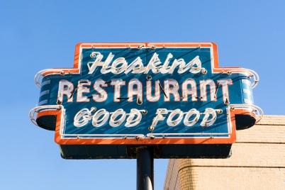 hoskins-restaurant-sign-0095sm1